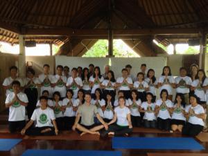 Terima kasih Andrea, Levi dan Yoga Barn untuk akhir yang sangat Indah hari itu.
